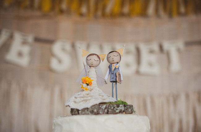 yellow bouquet wedding topper GWS